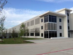 tn 16021 Wooden Plank Random VacUForm Tilt Up, Logistics Centre, Coppell, TX CMC Construction completed in 2014
